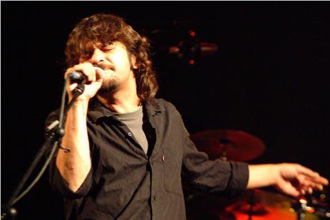 Quique González prepara nuevo disco y un gira de teatros y salas