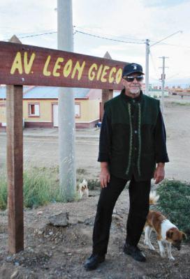 La avenida de León Gieco